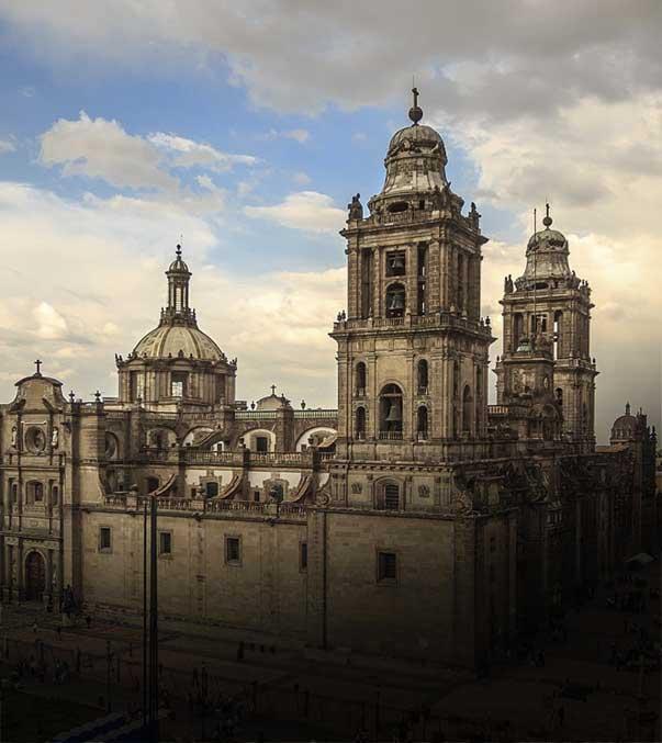 Hotel Majestic, Catedral Metropolitana
